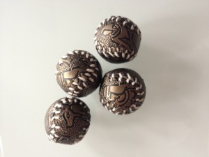 4-bolas-diseño-egipcio-3264x2448 | ilusionat.com